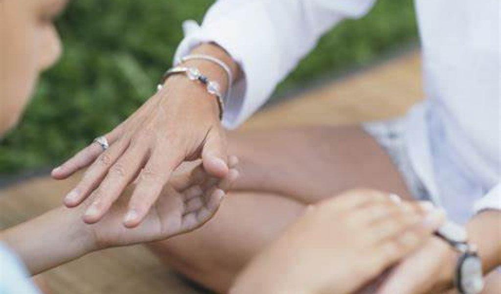 psychic healing hands
